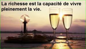 La richesse est la capacité de vivre pleinement la vie. Citation Populaire et Célèbre de aurélien malecki