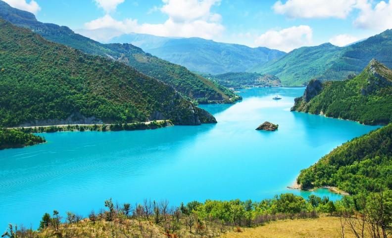 image photo Top 4 lac de Castillon de la colline du Cheiron