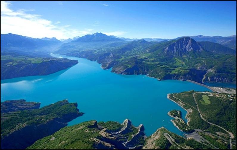 image photo Top 5 Le lac artificiel de Serre-Ponçon