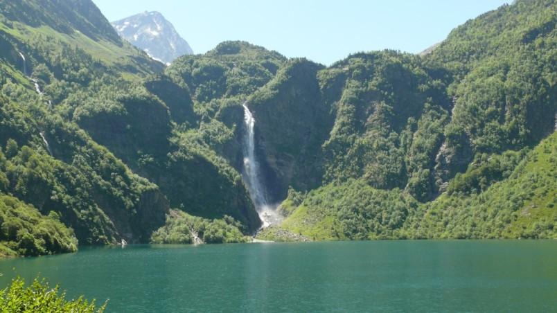 image photo Top 11 Le lac d'Oô à proximité de Bagnères de Luchon